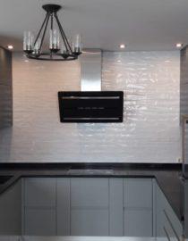 Плитка на кухне + оформление фото 4